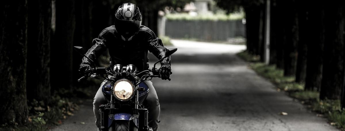 edit-biker-407123_1920